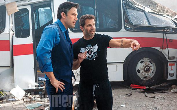Ben Affleck a conversar com o realizador do filme, Zack Snyder.